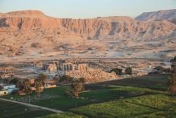 egyptian-plague-burial-site-617x416